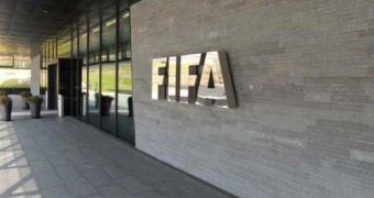 FIFA: Επισημοποιήθηκαν οι νέοι κανονισμοί για τα συμβόλαια και τις μεταγραφικές περιόδους