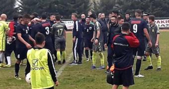 Επίθεση στους παίκτες της ΒΕΡΟΙΑΣ μετά το ματς - Έκλεψαν χρήματα από τον Μαραγκό!