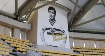 Ο Μίμης Παπαϊωάννου πήρε... θέση στο νέο γήπεδο της Α.Ε.Κ.!