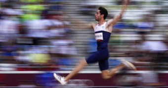 «Πέταξε» στο χρυσό ο Μίλτος Τεντόγλου σε έναν τελικό θρίλερ